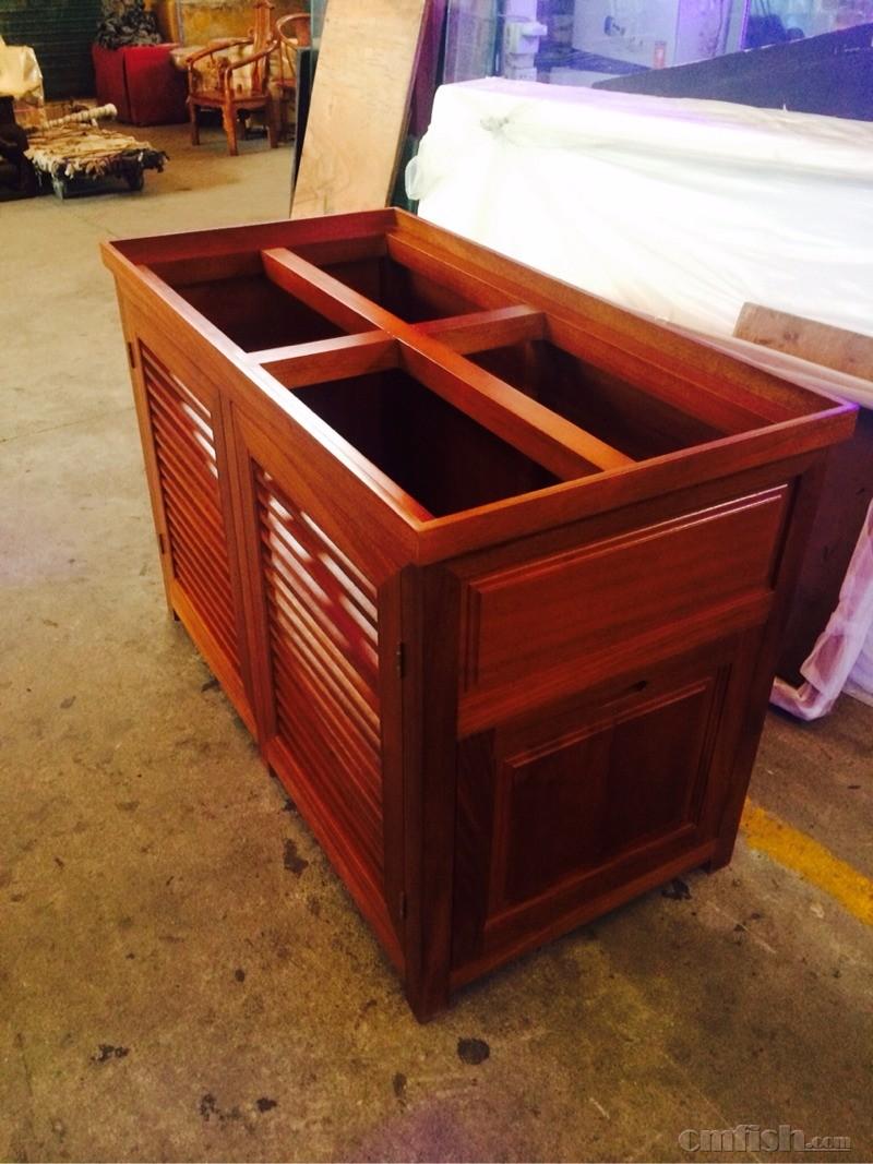 实木底柜超白鱼缸