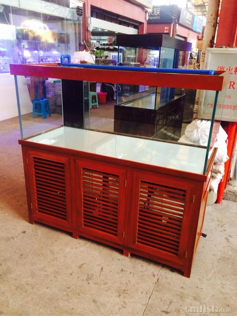超白鱼缸实木底柜